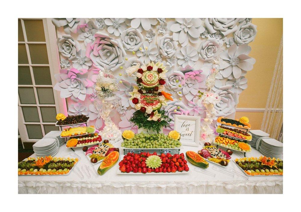 Renaissance Hotel Wedding Photos in Cleveland 3 23.jpg