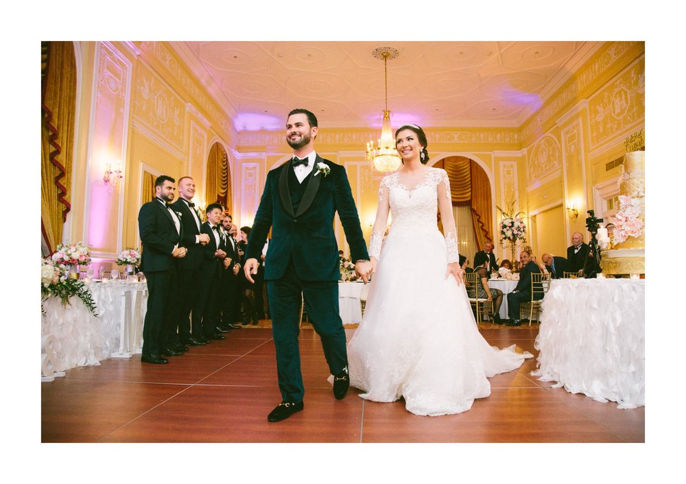 Renaissance Hotel Wedding Photos in Cleveland 3 28.jpg