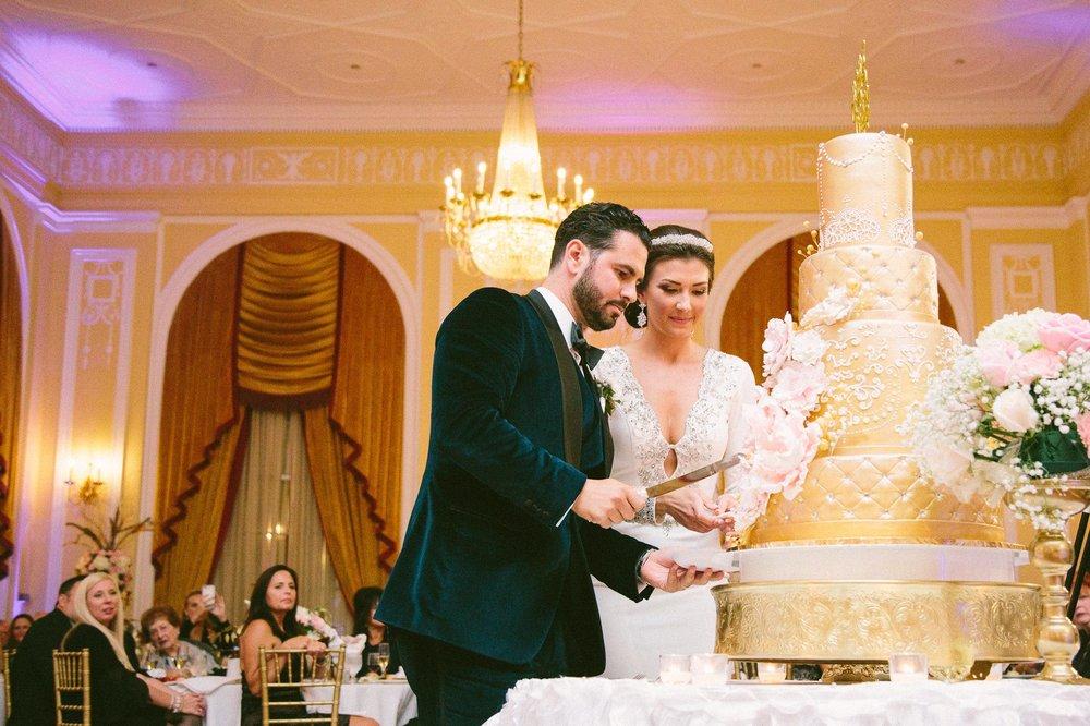 Renaissance Hotel Wedding Photos in Cleveland 3 33.jpg