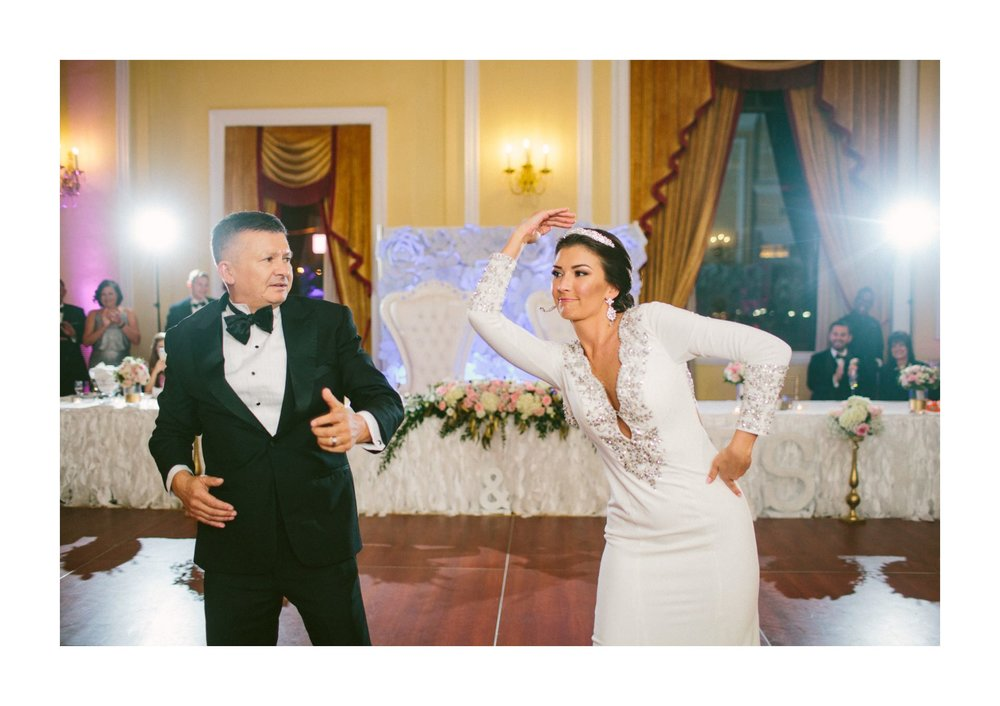 Renaissance Hotel Wedding Photos in Cleveland 3 41.jpg