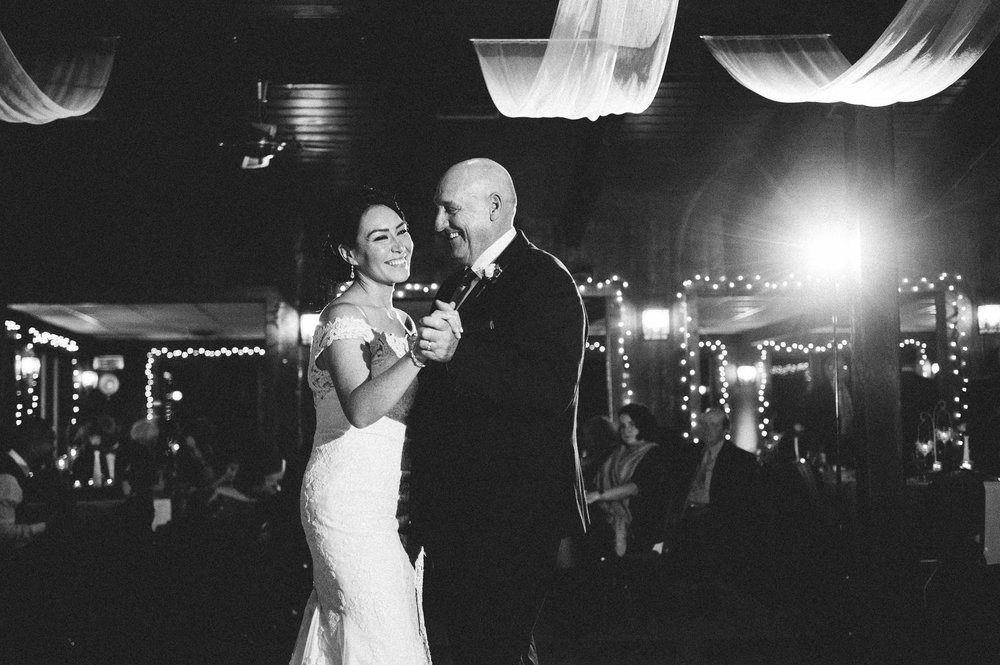 Patterson Fruit Farm Wedding Photographer in Cleveland 2 16.jpg