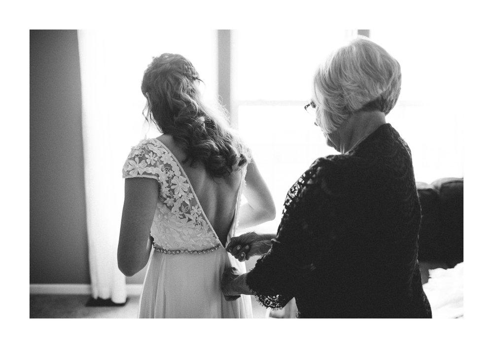 Lake Erie Building Wedding Photographer in Lakewood 1 11.jpg