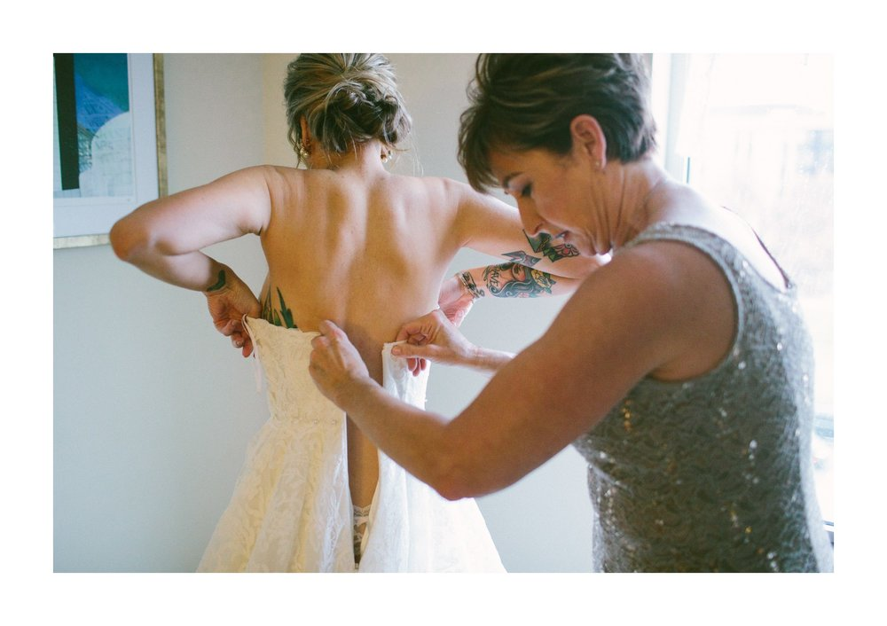 Lake Erie Buidling Wedding Photographer in Lakewood 1 9.jpg