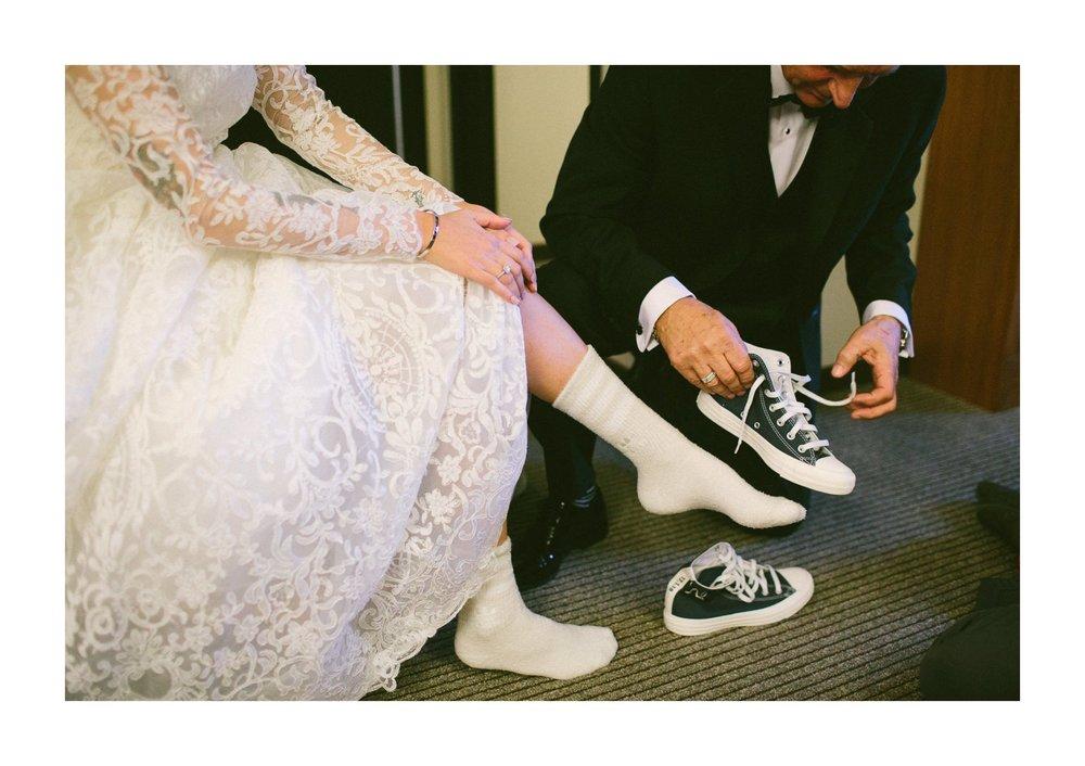 Lake Erie Buidling Wedding Photographer in Lakewood 1 15.jpg