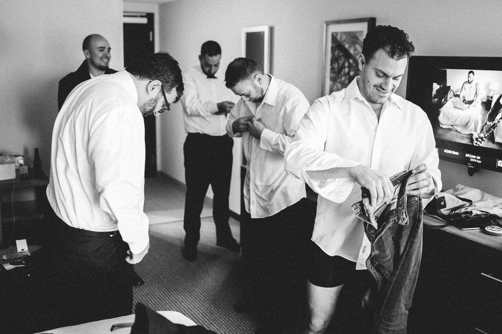 Lake Erie Buidling Wedding Photographer in Lakewood 1 18.jpg