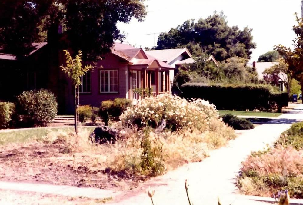 Original house pics-2.jpg