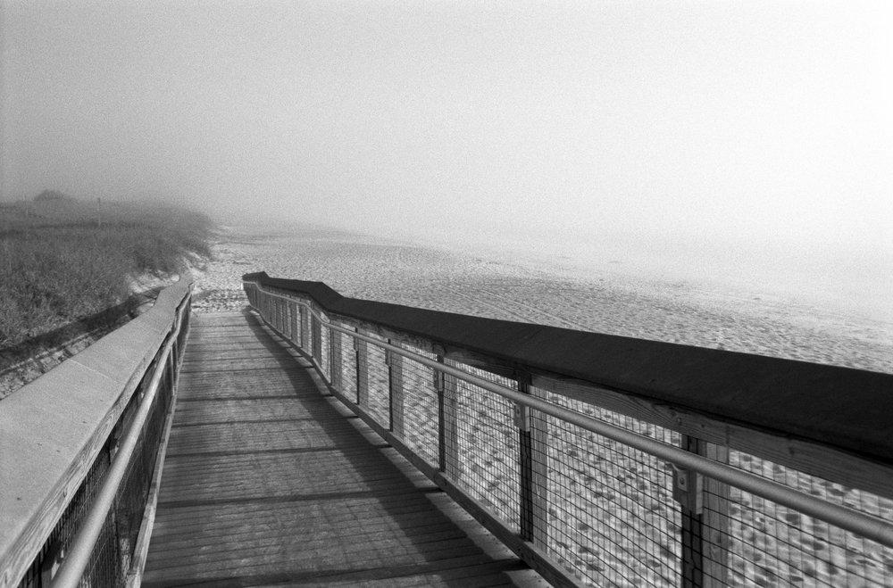 Beach-murk1_BW.jpg