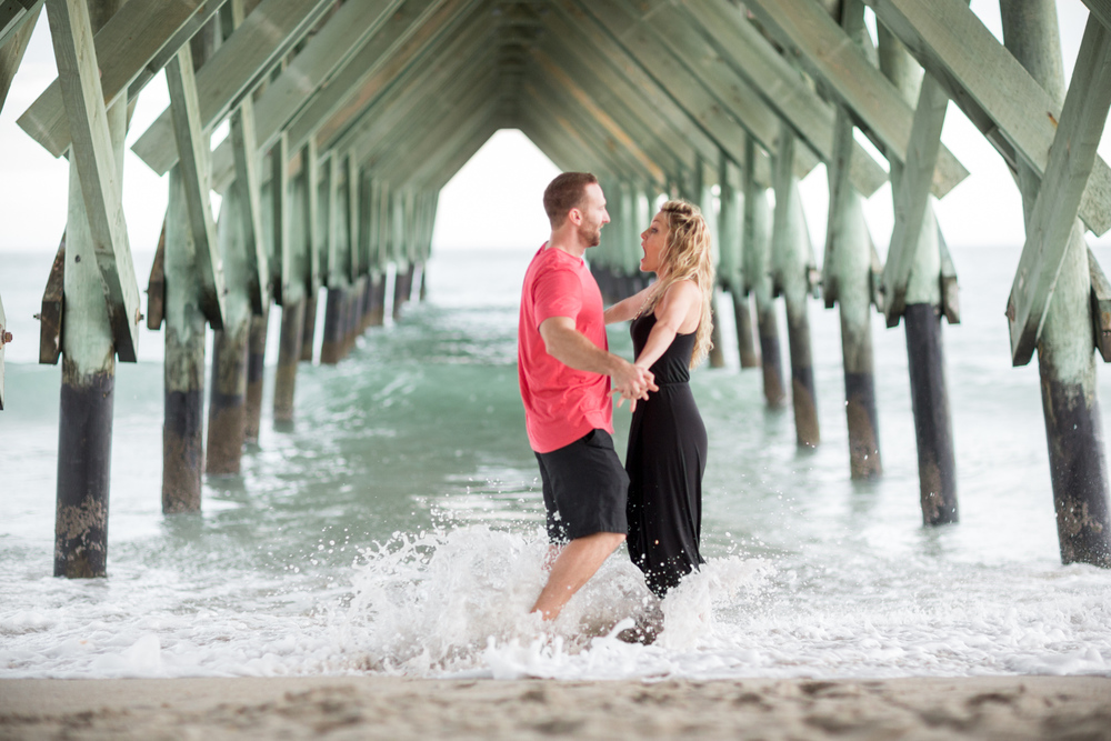 Wrightsville beach engagement session 10.jpg