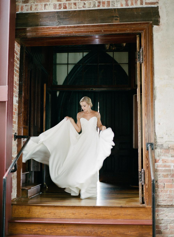 Film Photographer Wedding 06.jpg