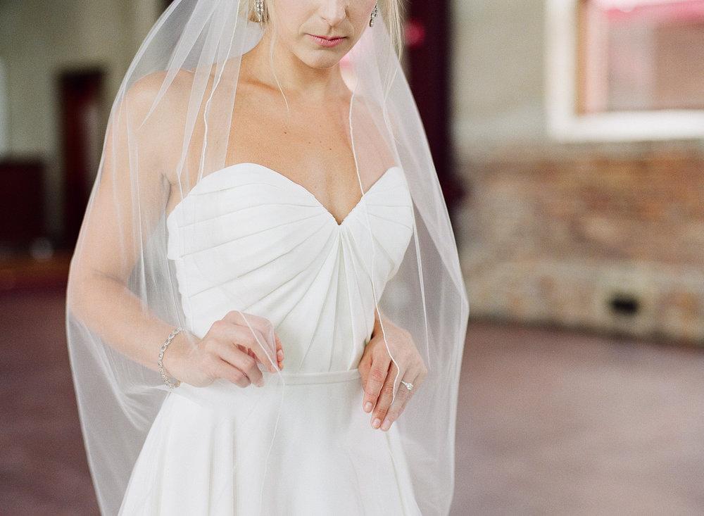 Film Photographer Wedding 09.jpg