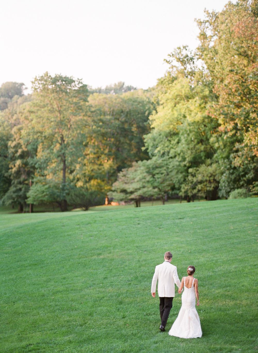 Baltimore Country Club Wedding Film Photographer 08_.jpg