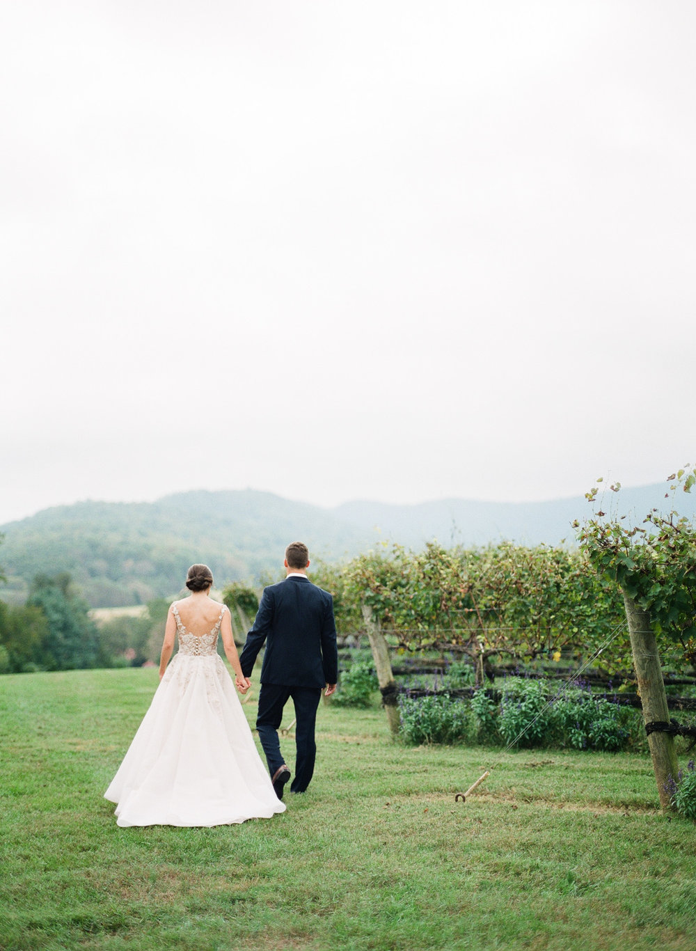 Pippin-Hill-Farm-and-Vinyards-Wedding-Film-Photography-18.jpg