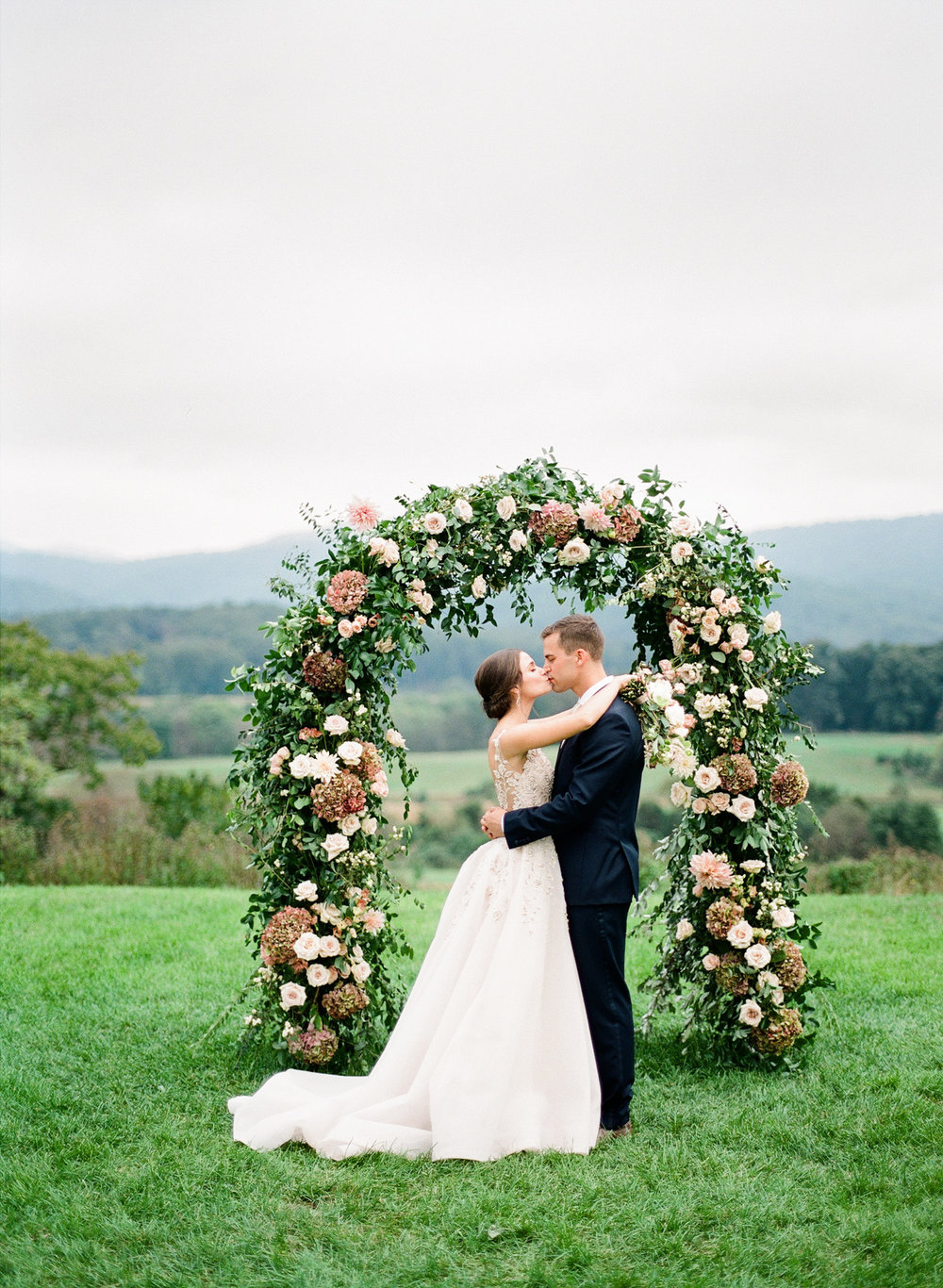 Pippin-Hill-Farm-and-Vinyards-Wedding-Film-Photography-34.jpg