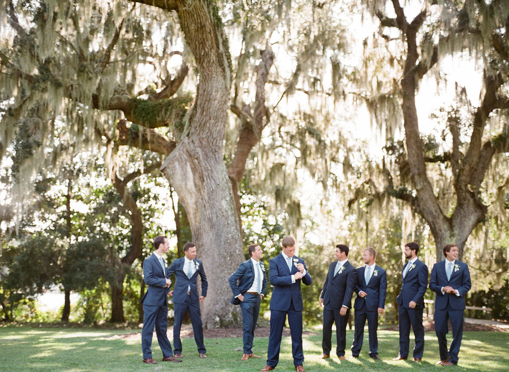 Airlie-Gardens-Wedding-32.jpg