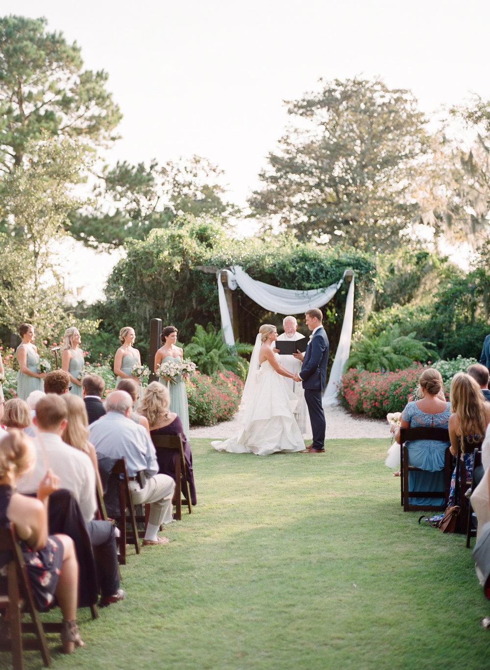 Airlie-Gardens-Wedding-40.jpg