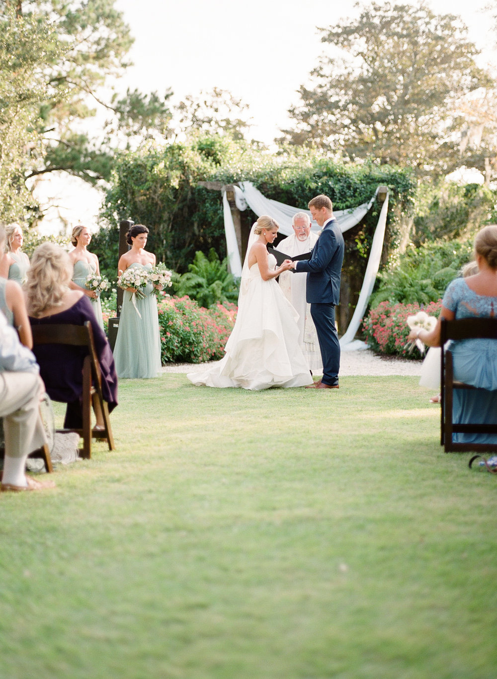 Airlie-Gardens-Wedding-41.jpg