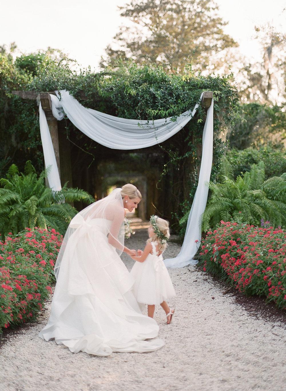 Airlie-Gardens-Wedding-44.jpg