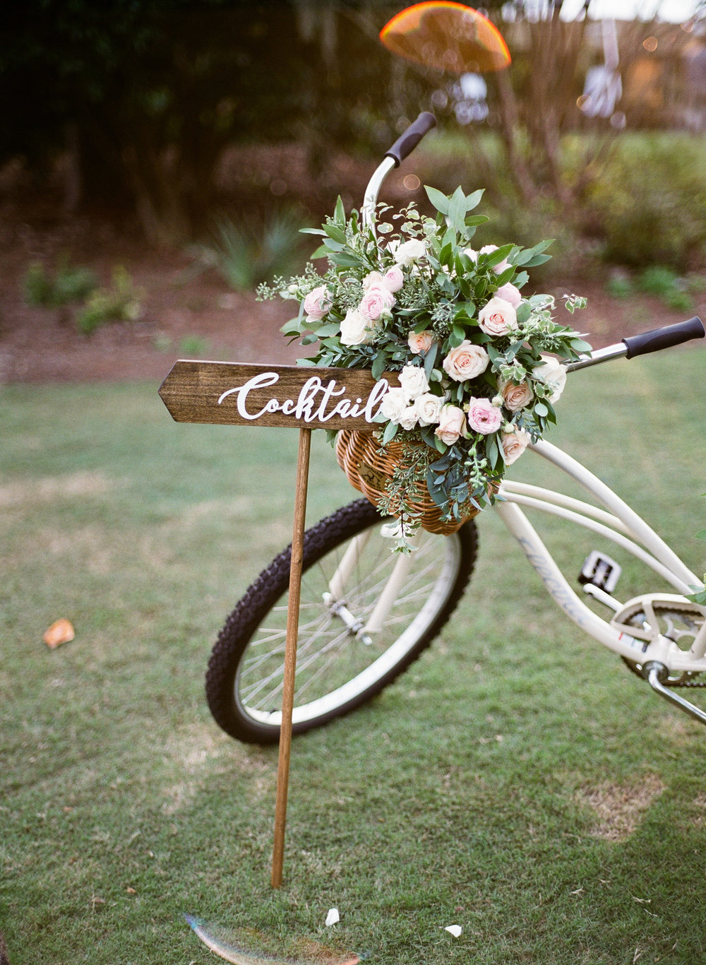 Airlie-Gardens-Wedding-49.jpg