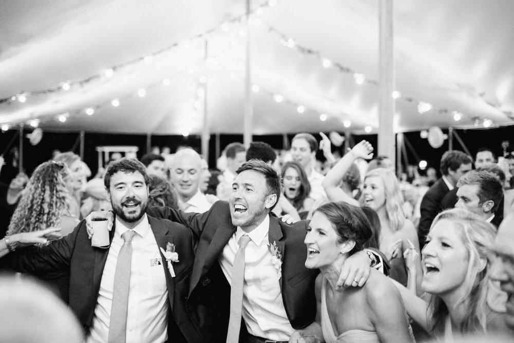 Airlie-Gardens-Wedding-60.jpg