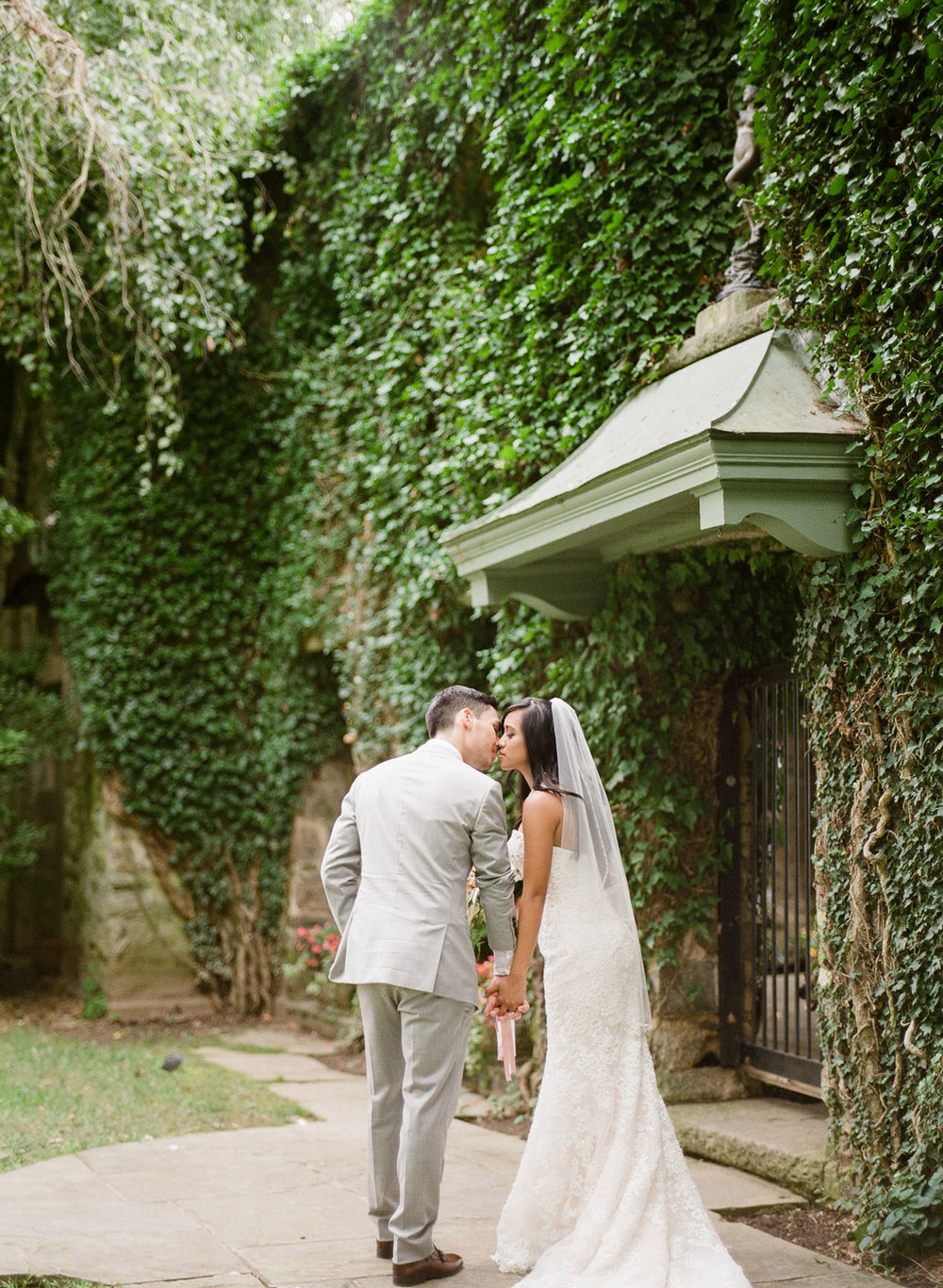 Virginia-Film-Photographer-Wedding-02.jpg