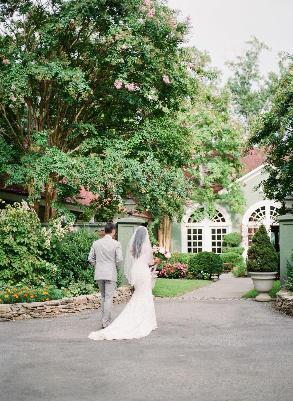 Virginia-Film-Photographer-Wedding-19.jpg