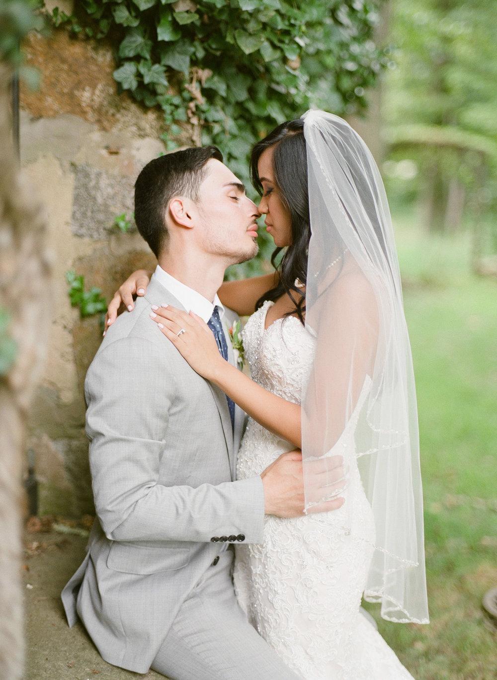 Virginia-Film-Photographer-Wedding-35.jpg