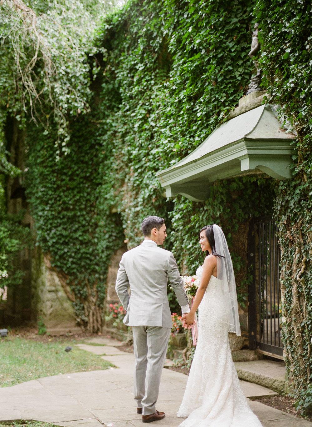 Virginia-Film-Photographer-Wedding-42.jpg