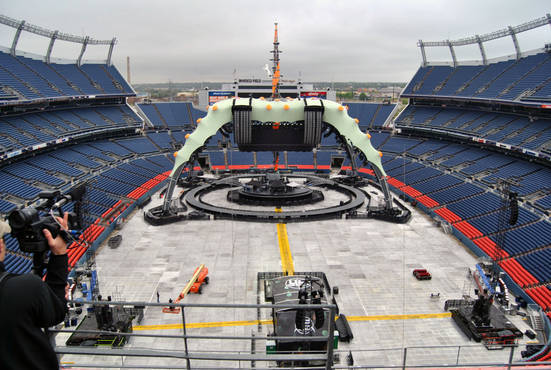 U2 360 Tour Stage Center