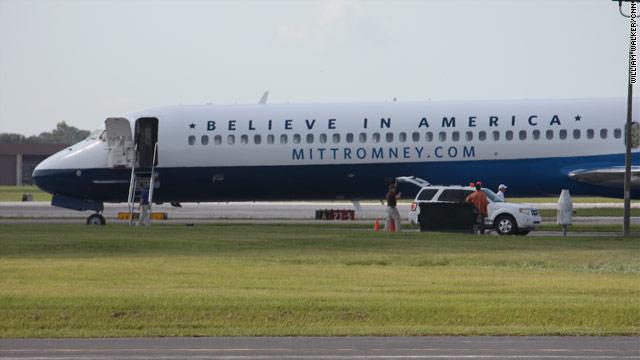 Mitt Romney Tour America Plane