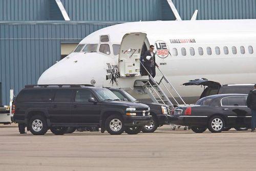 U2 Arrives