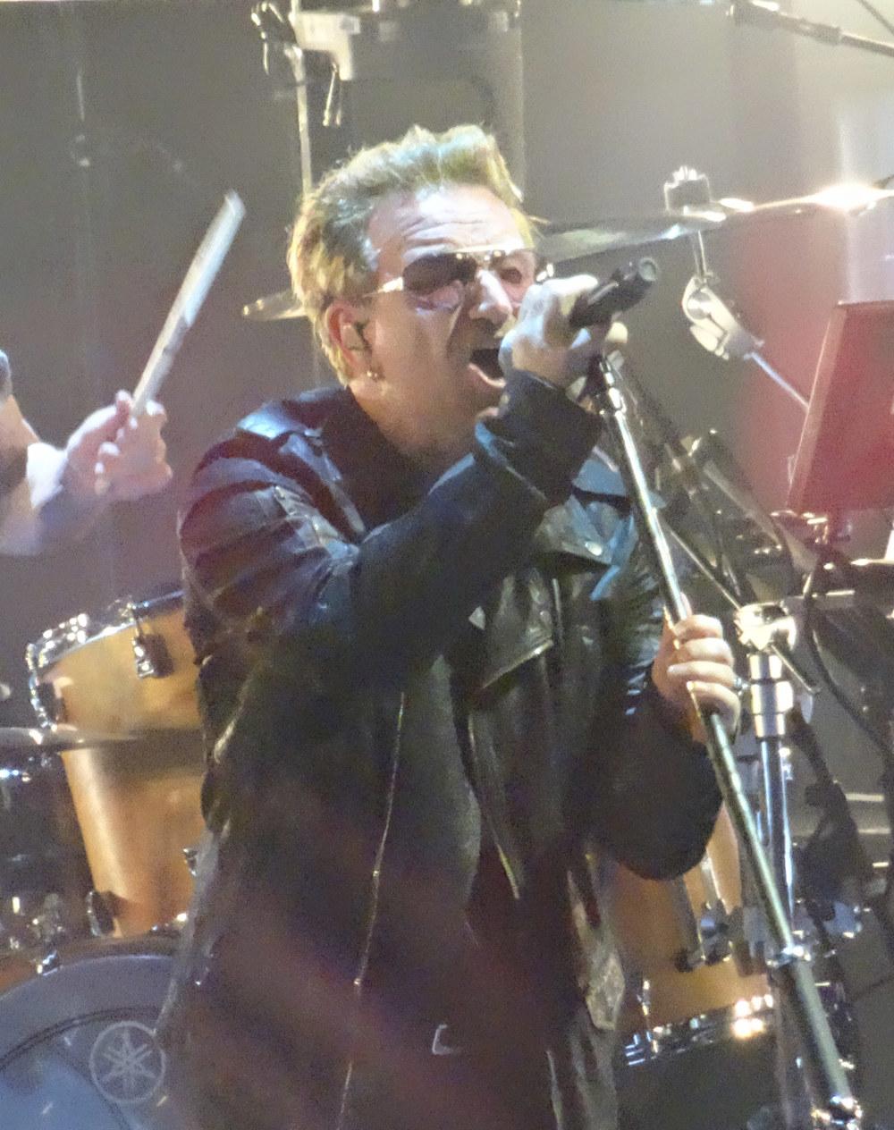U2-3-09.jpg