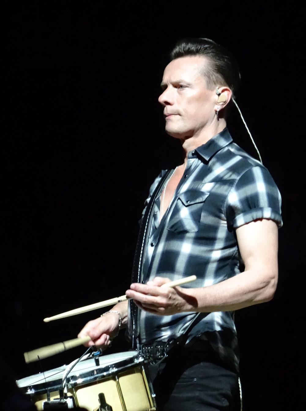 U2-1-30.jpg