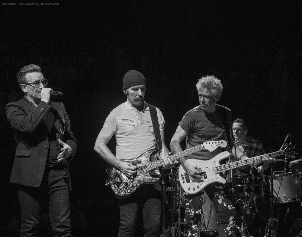 U2 LA 5-31-15_2360_Band1.jpg