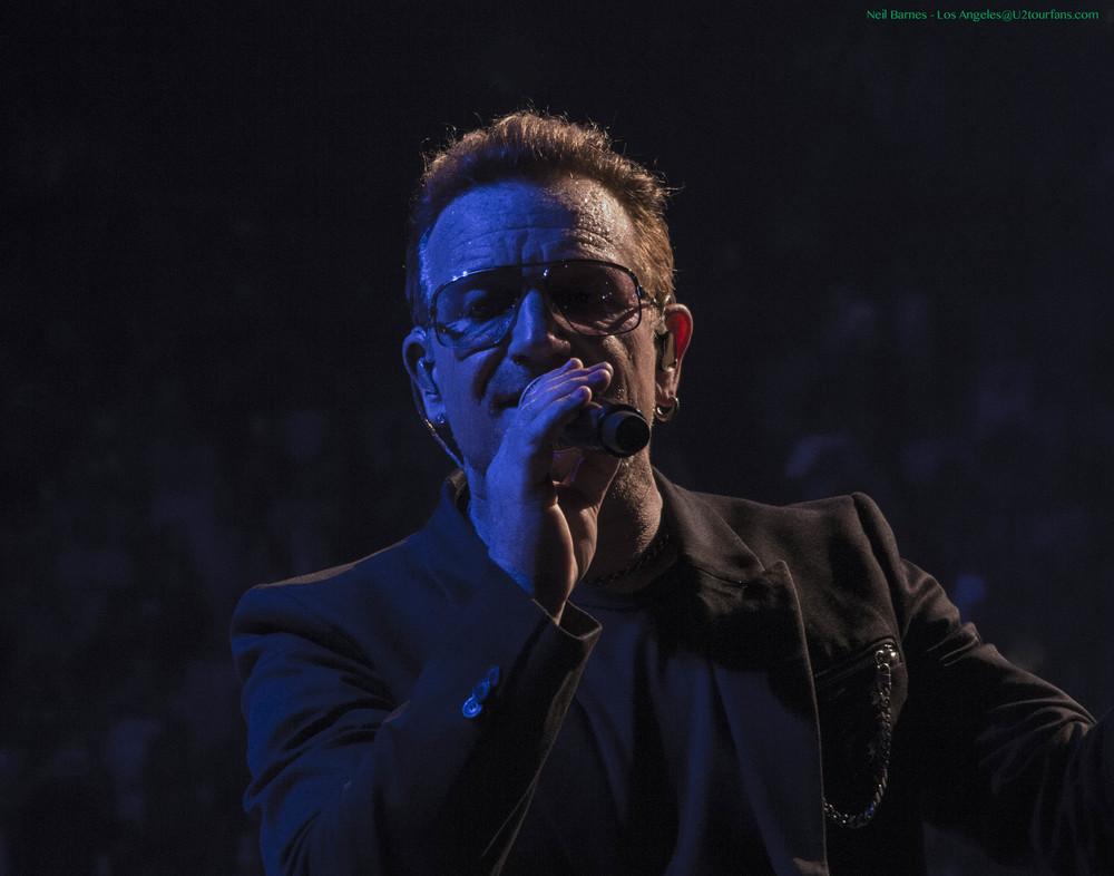 U2 LA 5-31-15_2299_Bono1.jpg