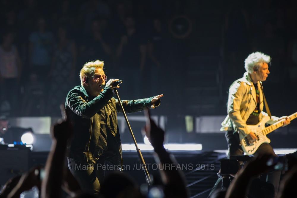 U2 NYC Show 2-6U2TOURFANSW.jpg