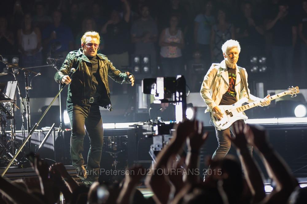 U2 NYC Show 2-5U2TOURFANSW.jpg