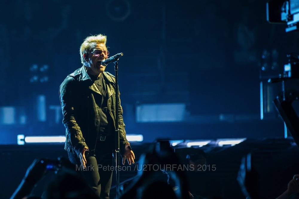 U2 NYC Show 2-8U2TOURFANSW.jpg