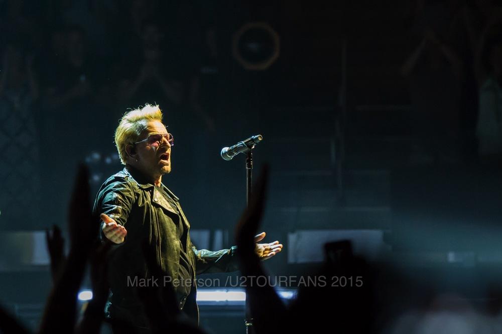 U2 NYC Show 2-9U2TOURFANSW.jpg