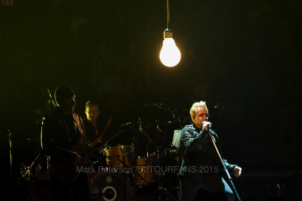 U2 NYC Show 2-20U2TOURFANSW.jpg