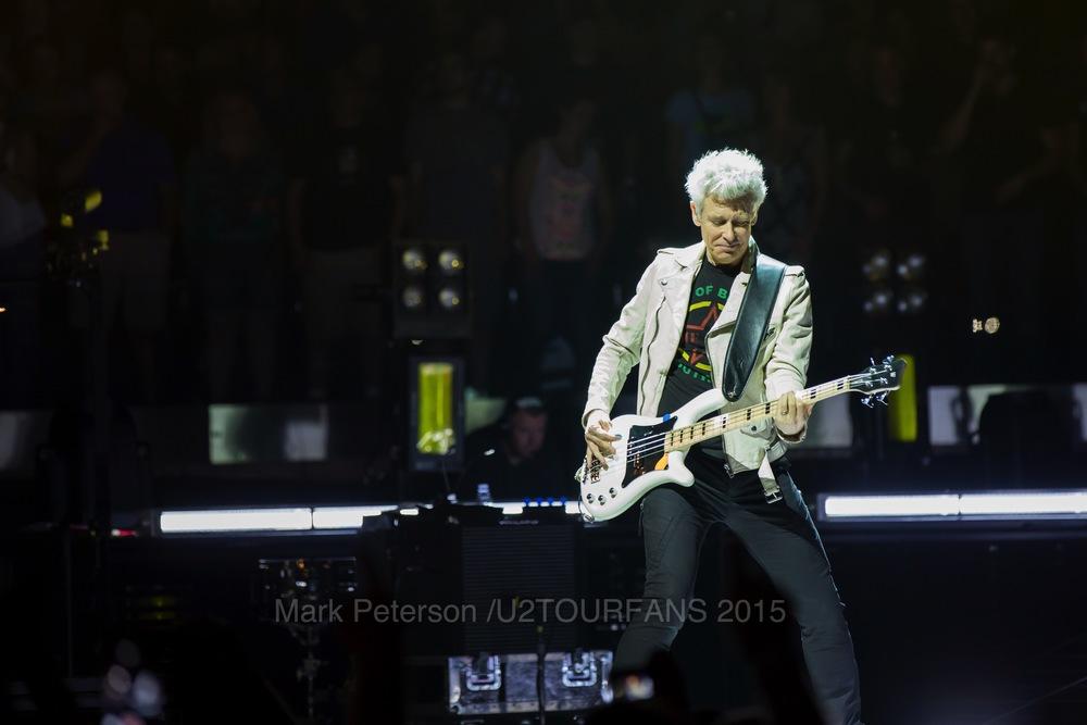 U2 NYC Show 2-25U2TOURFANSW.jpg