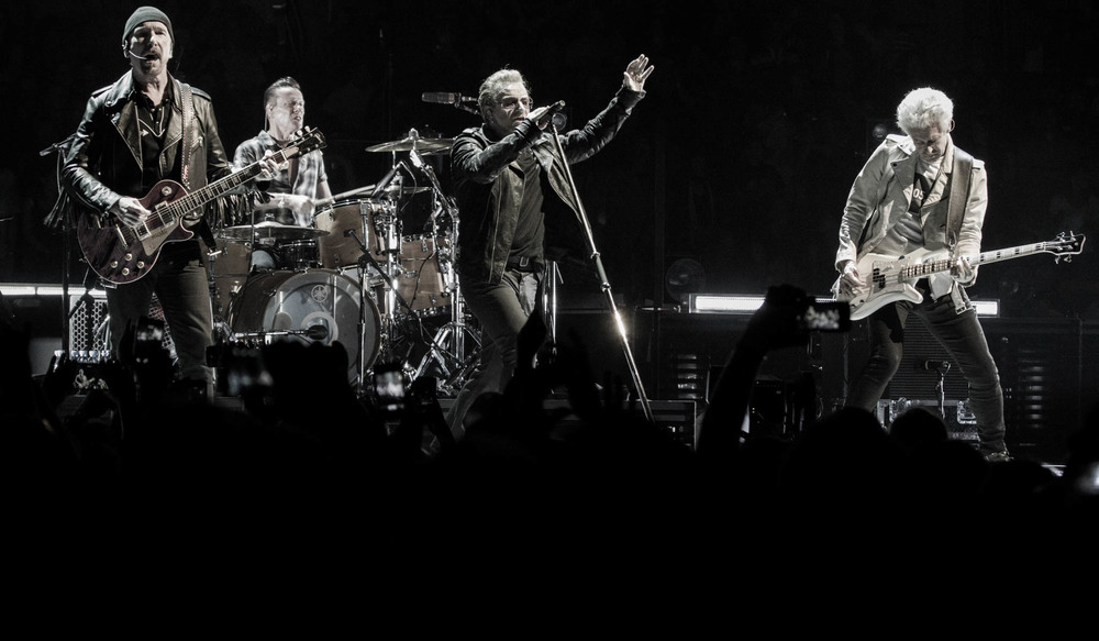 U2 / Nick Walker / U2TOURFANS