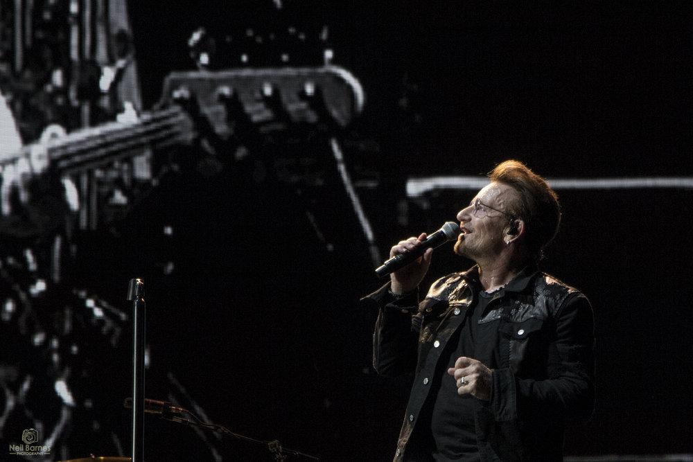 Bono / Neil Barnes / U2TOURFANS / 2017