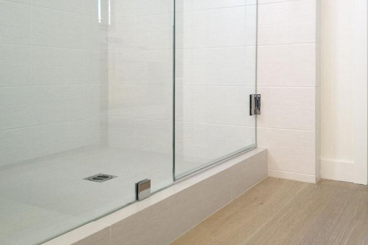 Mission Viejo Moss Yaw Design Studio - Mission viejo bathroom remodeling