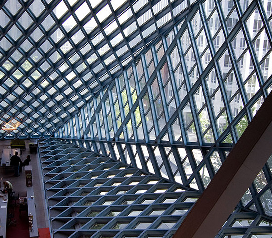 seattle central library / main desk