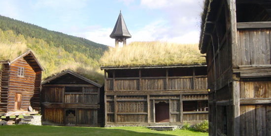 Norway-sod-roof.jpg