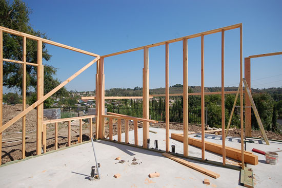 custom-residence-OC-framing-at-kitchen_550x366.jpg