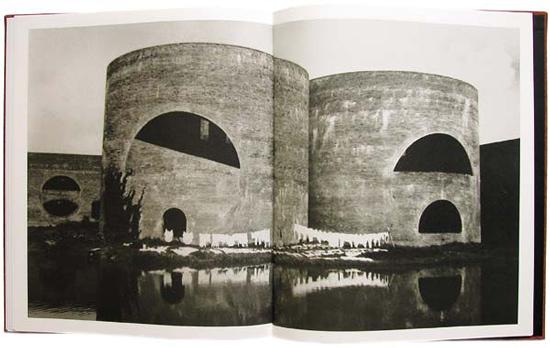 Louis-Kahn-Dhaka-book-image-4.jpg