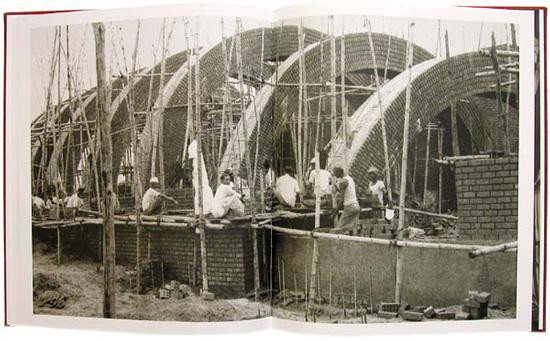 Louis-Kahn-Dhaka-book-image-5.jpg