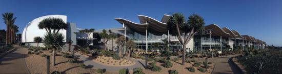 Newport-Beach-City-Hall-architecture_600x159px.jpg