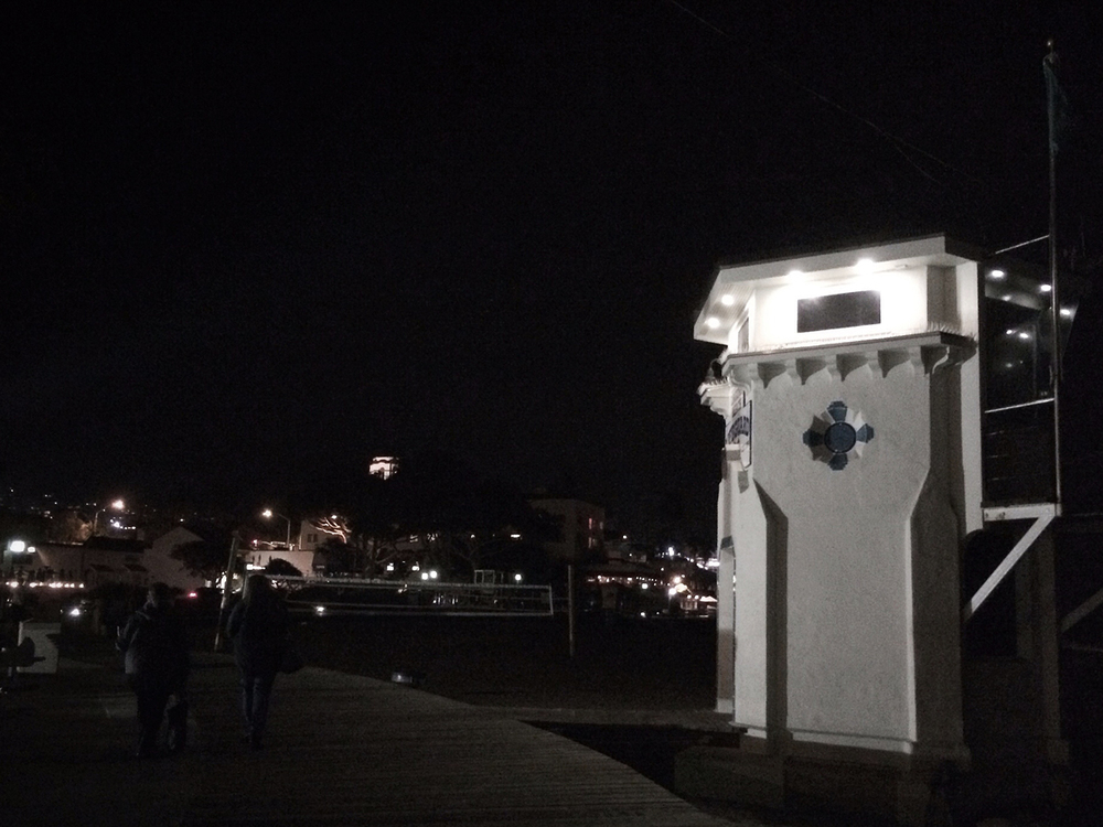 laguna beach | lifeguard tower at night